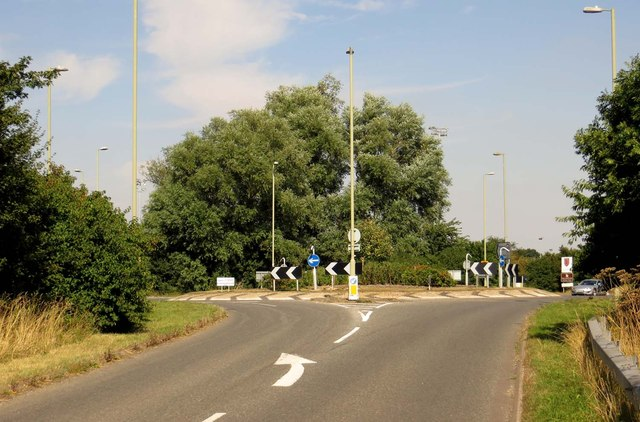 Roundabout on Hithercroft Road
