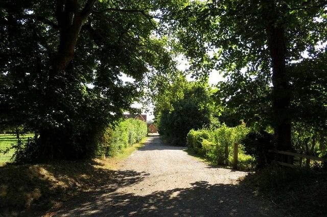 Drive to Hithercroft Farm