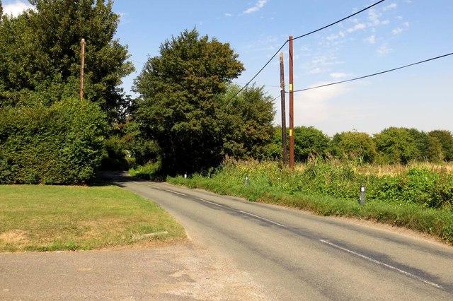 Moreton Road into South Moreton