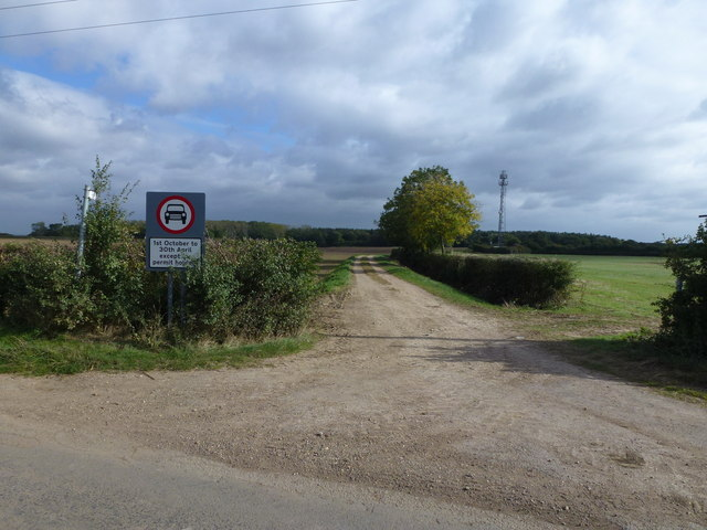Restricted byway near Coppingford