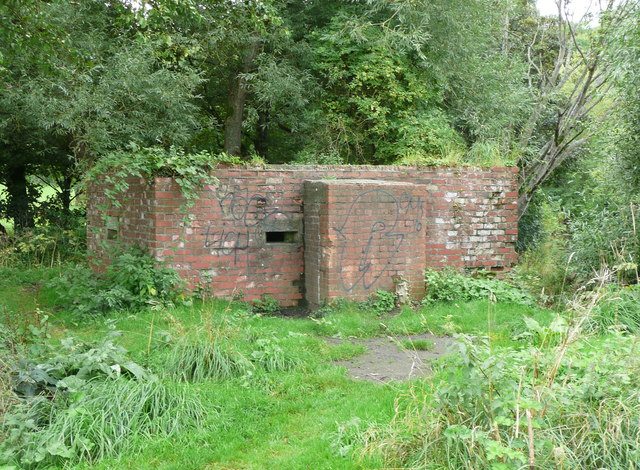 Pillbox on the island next to Barton Bridge