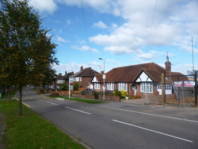 The Drive, Woodley