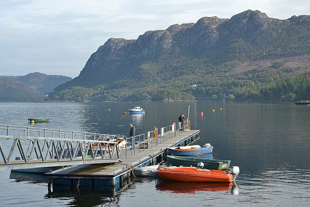 Boat pontoon, Plockton