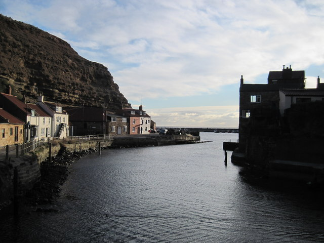 Early  morning  sun  at  Staithes