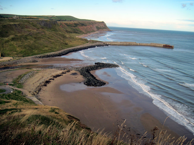 Skinningrove  harbour  from  the  Cleveland  Way