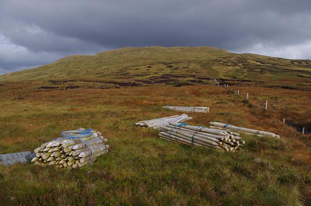 Fencing materials below Beinn Bhreac