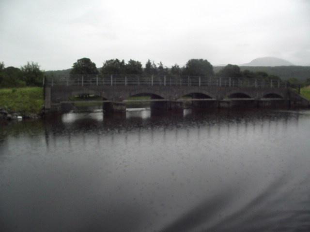 Overflow weir, Caledonian Canal