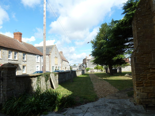 Saint Mary Major, Ilchester: churchyard (f)