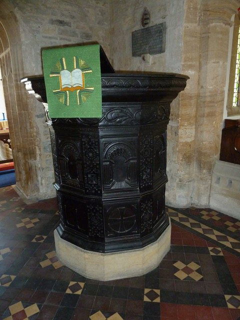 Saint Mary Major, Ilchester: pulpit