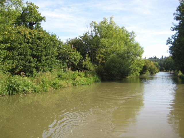 Grand Union Canal: Reach in Old Linslade