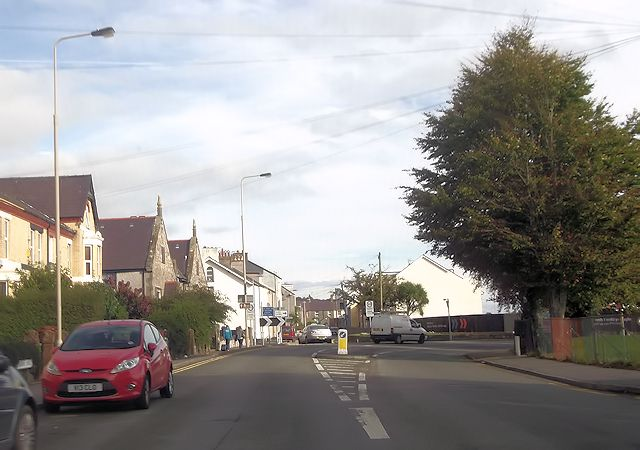 Garth Road and Beach Road junction
