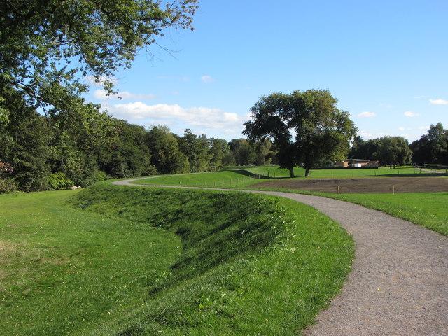 New flood defences in Tredegar Park