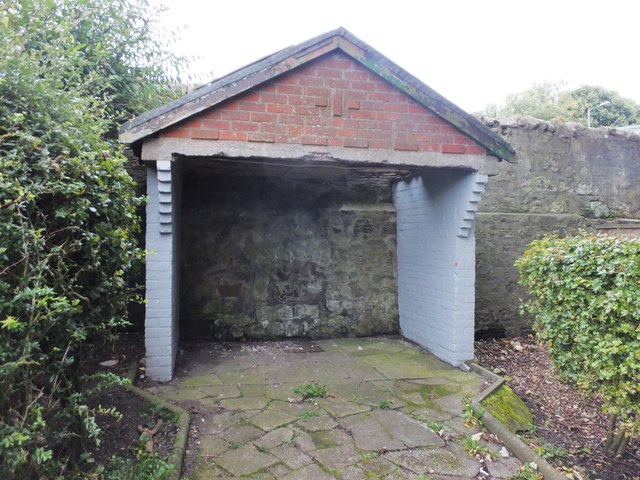 Old shelter in Coronation Park