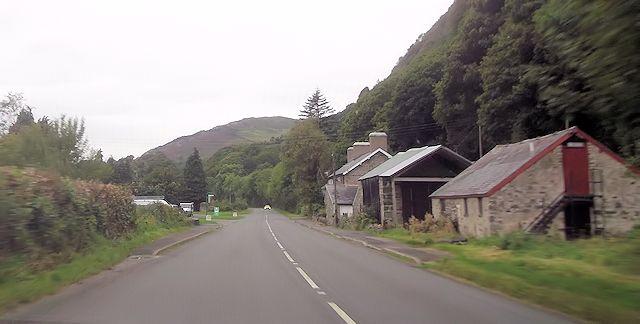 A498 approaching Bwlch-y-moch