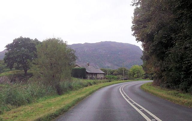 Tan-y-Marian from A498