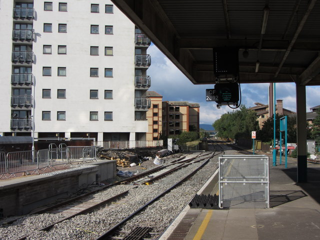 Developments at Cardiff Queen Street Station