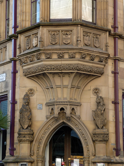 Detail of 2-4 Mount Street, Manchester