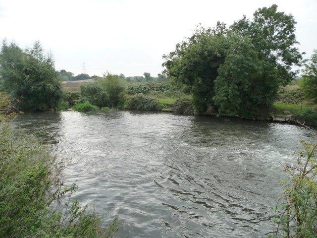 Kennet & Avon canal below Colthrop lock