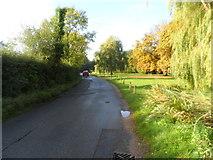 SU9890 : Layter's Green Lane by Bikeboy