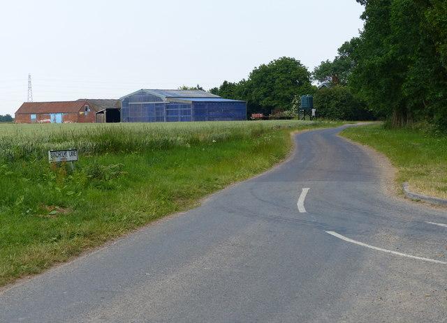 Farm along Sandholme Lane