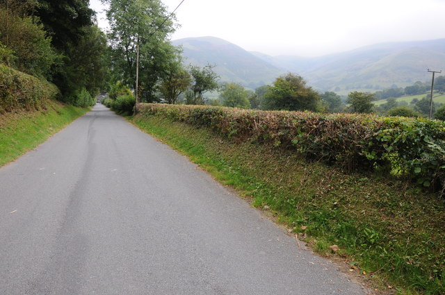 Country road approaching Llanymawddwy