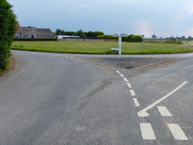 Road junction in Skeldyke