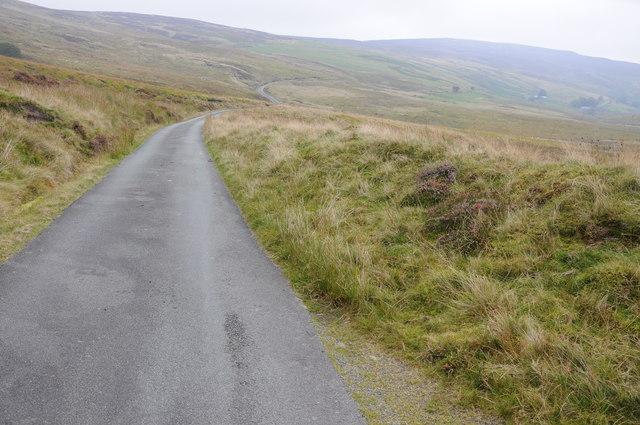 Mountain road at Waun y Gadfa