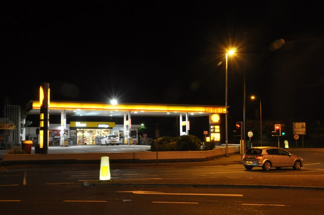 Exeter : Shell Petrol Station