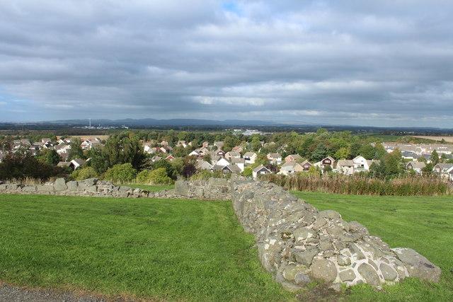 Castle Wall, Dundonald