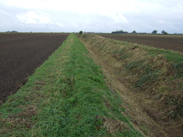 Dry drain, Pinchbeck South Fen