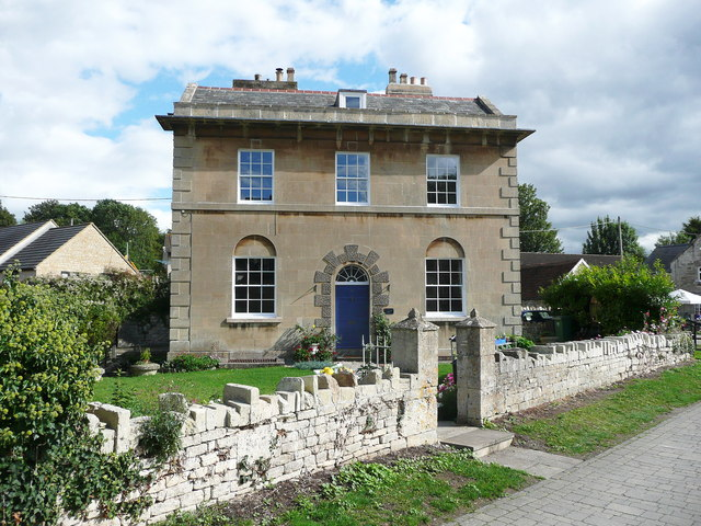 Early 19C house with rusticated doorway