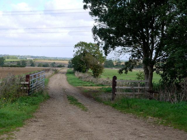 Track to Chesterton Lodge