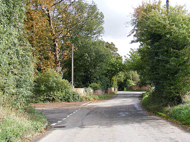 Hollow Road, Washbrook