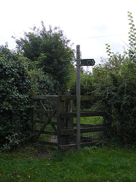 Footpath off Elm Lane