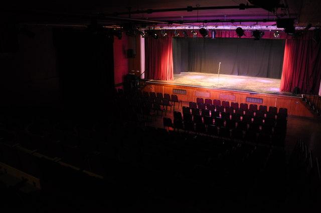 Tiverton : Tiverton Community Arts Theatre