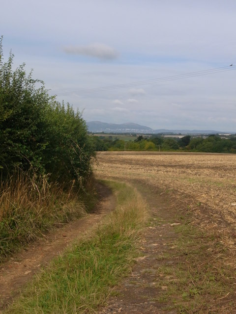 Footpath from Westmancote to Bredon's Norton