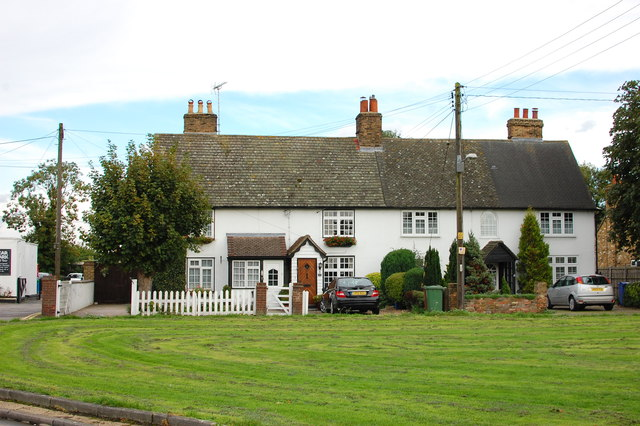 Cottages on the village green, South Ockendon