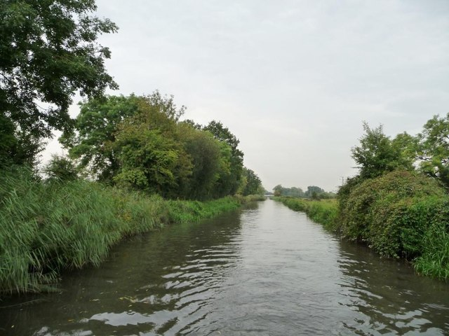 Kennet & Avon canal between locks 89 and 90