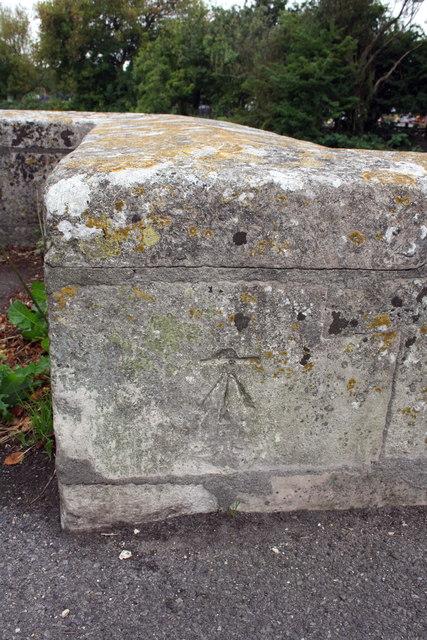 Benchmark on Grey's Bridge
