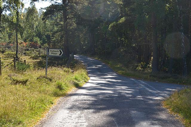 Road junction for Tulloch Moor