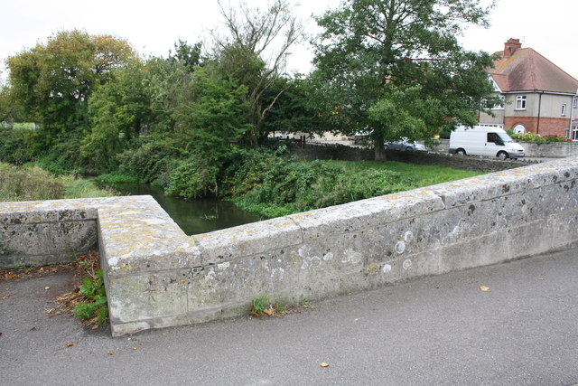 South parapet of Grey's Bridge, London Road