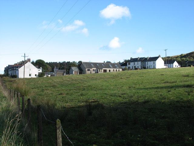 Housing near a disused quarry