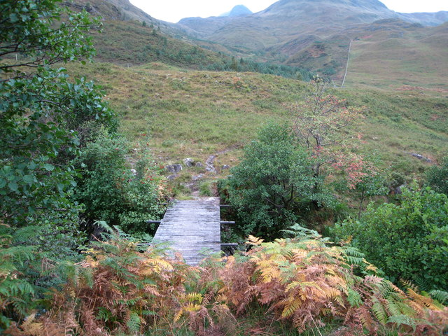 Footbridge over Allt Mhalagain