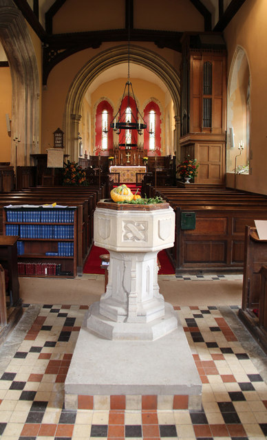 All Saints, Great Braxted - Font
