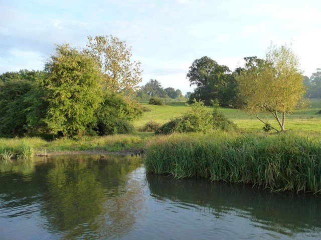 Farmland south of the Kennet & Avon canal