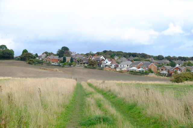 Footpath from Sandy Lane to Moss Bank Brow