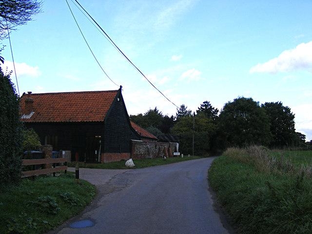 Wenham Road & The Barn Veterinary Practice