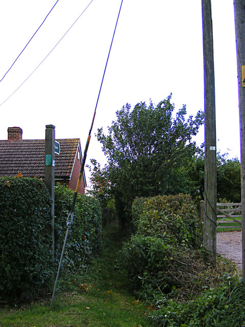 Footpath off Wenham Road
