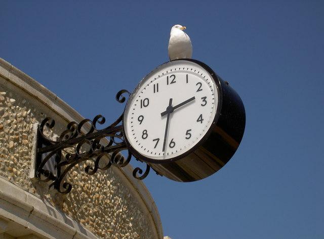 Memorial clock
