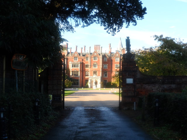 Taplow Court through the gate